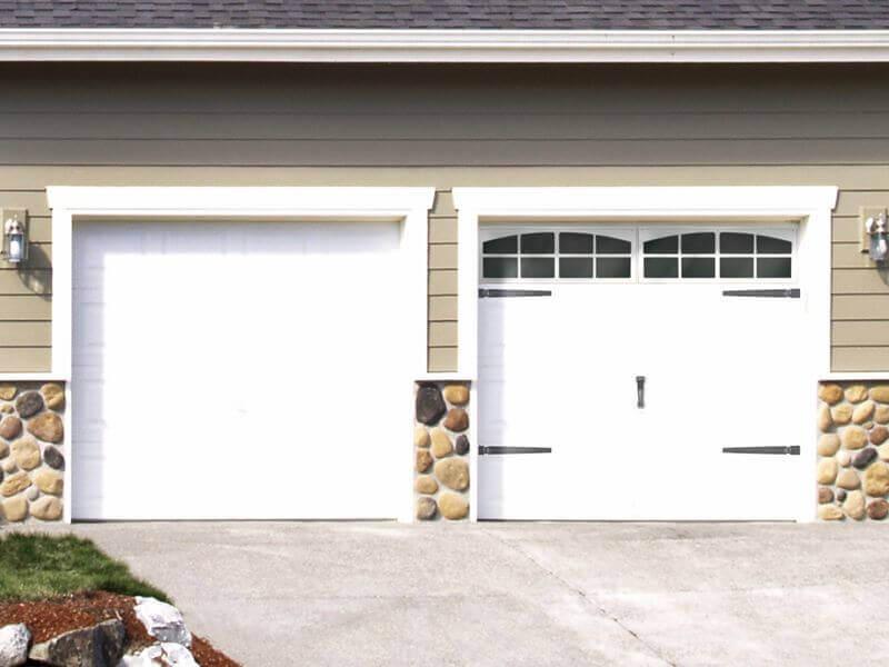Garage Door installation process In Person Estimate And Measurements
